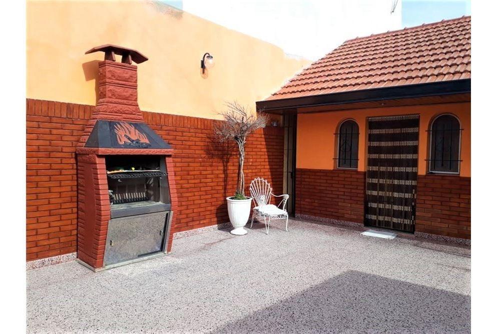 oportunidad!hermosa casa 3 amb c/garage y parrilla
