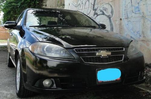 optra  1.8 advance 5 puertas  2011