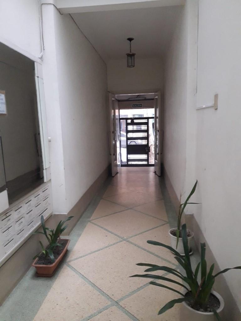 orden de venta!! apartamento centro 3 dormitorios si banco