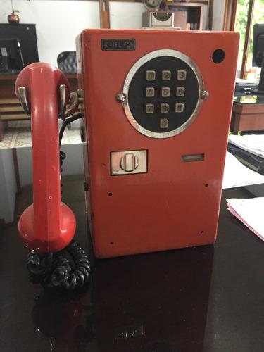 orelhão telefone antigo
