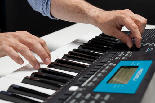 organo teclado sensitivo medeli m211k usb 61 teclas atril