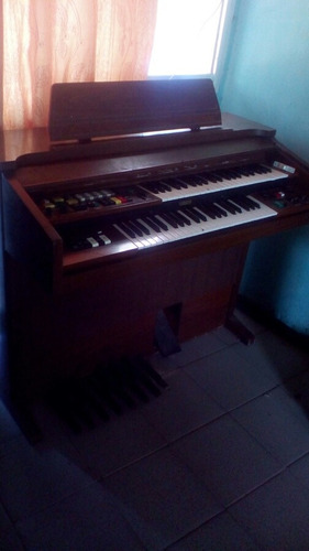 organo yamaha electone b805