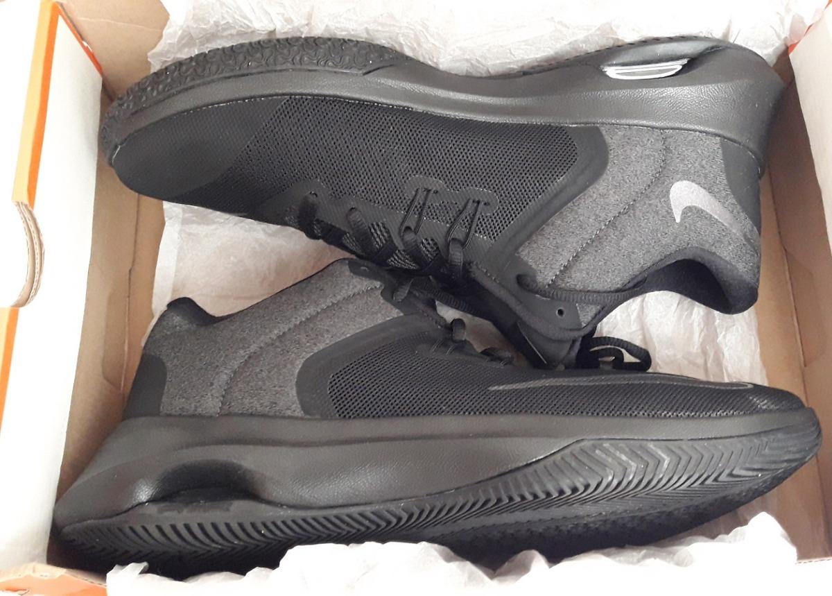 best service f5601 d0525 Descripción del producto. Zapatillas de baloncesto de Hombre de la marca  Nike. Modelo - Nike air versitile II nbk.