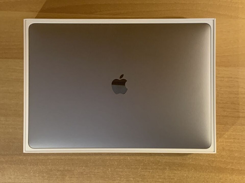 original touch bar apple macbook pro 15 2019 con gpu