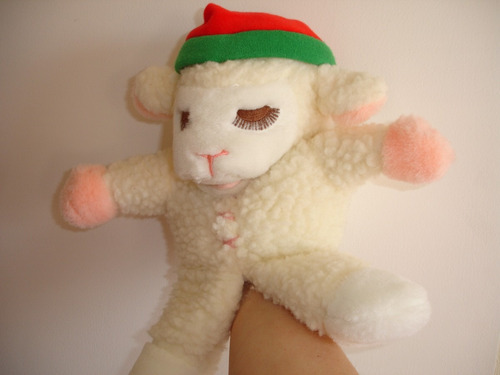 original y tierno titere de oveja