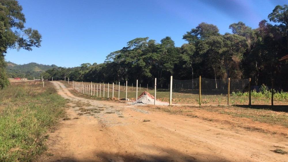 os melhores lotes da região de ibiúna venha conferir  pb