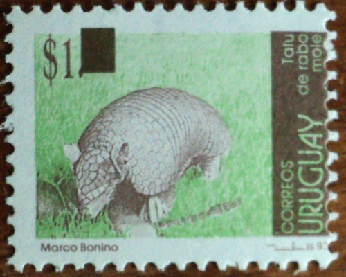 osl sello 2141d uruguay tatú mulita fauna