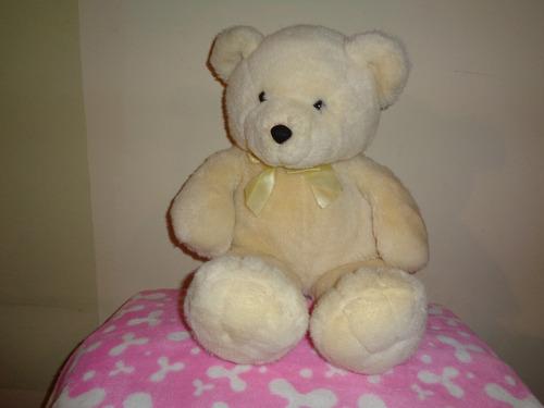 oso color crema