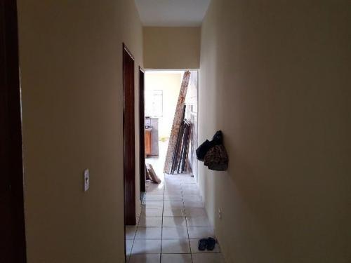 ótima casa, 2 dormitórios, em itanhaém-sp