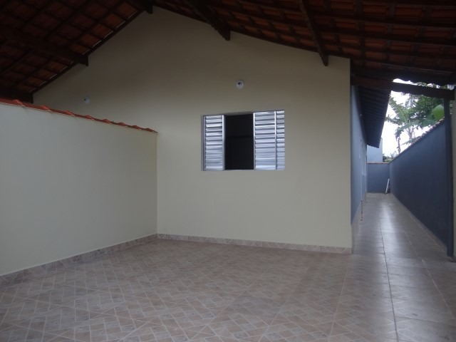 ótima casa a venda em mongaguá!!!! ref:6726 d