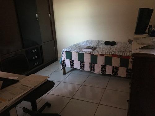 ótima casa com 03 quartos + dois barracões+01 escritório - 2565