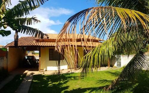 ótima casa com 2 qts, sendo 1 suíte c/ terreno de 360 m² prox. rua 1