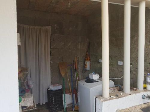 ótima casa com 2 quartos, bairro sítio velho, itanhaém-sp