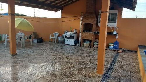 ótima casa com piscina, no balneário tupy, em itanhaém