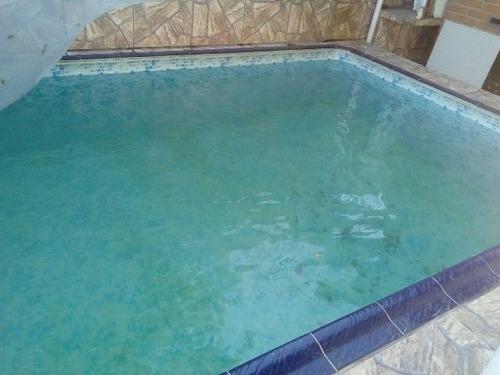 ótima casa com piscina no jardim suarão, em itanhaém