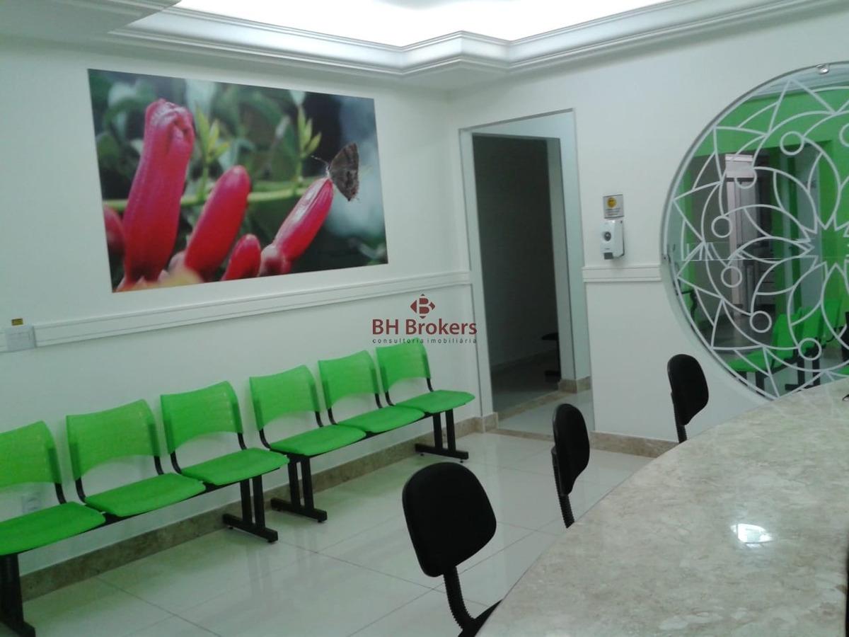 ótima casa comercial onde funciona uma clinica b.da graça. - 18632