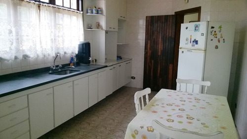 ótima casa de qualidade p/ família grande. telma 65165