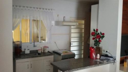 ótima casa em condomínio fechado  - 157
