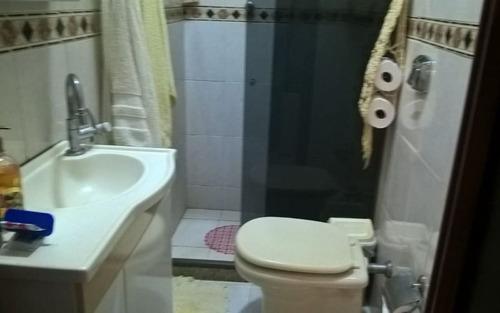 ótima casa em itaipuaçu, com 2 qtos(sendo 1 suite), + anexo com  2 quartos e piscina .