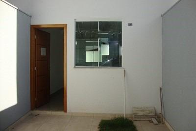 ótima casa geminada 2 quartos - 126
