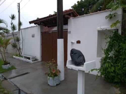 ótima casa lado praia