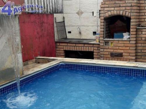 ótima casa lado praia com piscina e churrasqueira