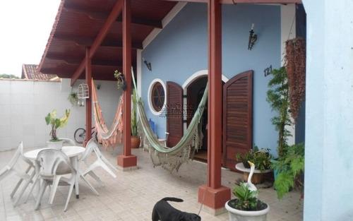 ótima casa localizada em praia grande, vila mirim