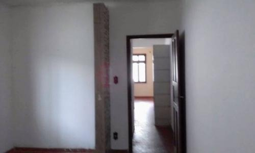 ótima casa localizada no bairro suarão em itanhaém