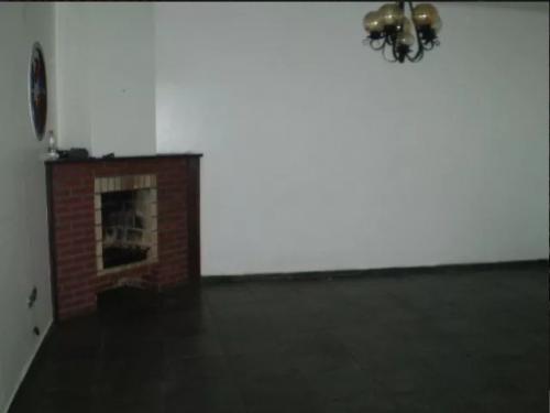 ótima casa no bairro belas artes 3309