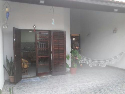 ótima casa no cibratel 2, em itanhaém.