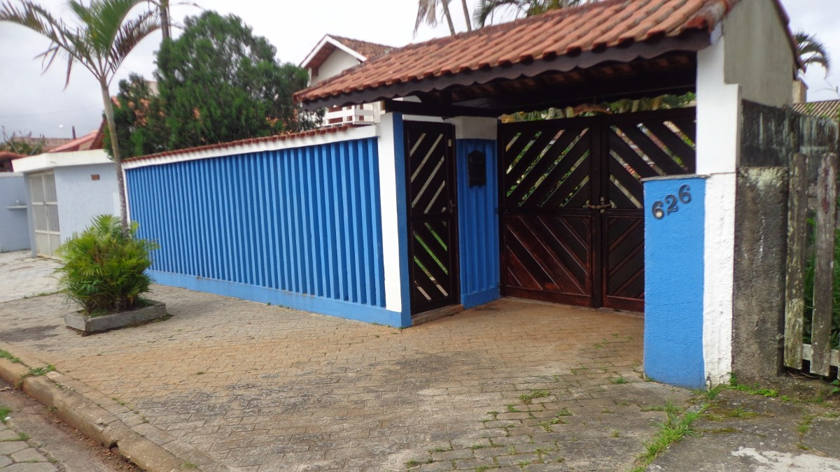 ótima casa no cibratel 2, em itanhaém, litoral sul de sp.