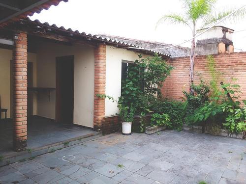 ótima casa térrea na vila jardini - comercial/residencial - a poucos metros da av. gal carneiro - 3dts/3 vgas/200m2 ac/240m2 at - ca4346