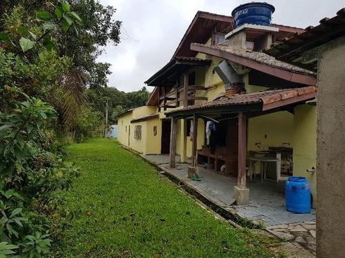 ótima chácara em itanhaém, com piscina e 2 dormitórios!!!
