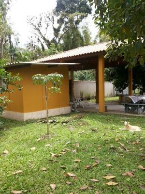 ótima chácara no bairro aguapeú 4068