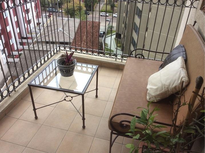 ótima cobertura no batel - 04 dormitórios/02 suítes!!