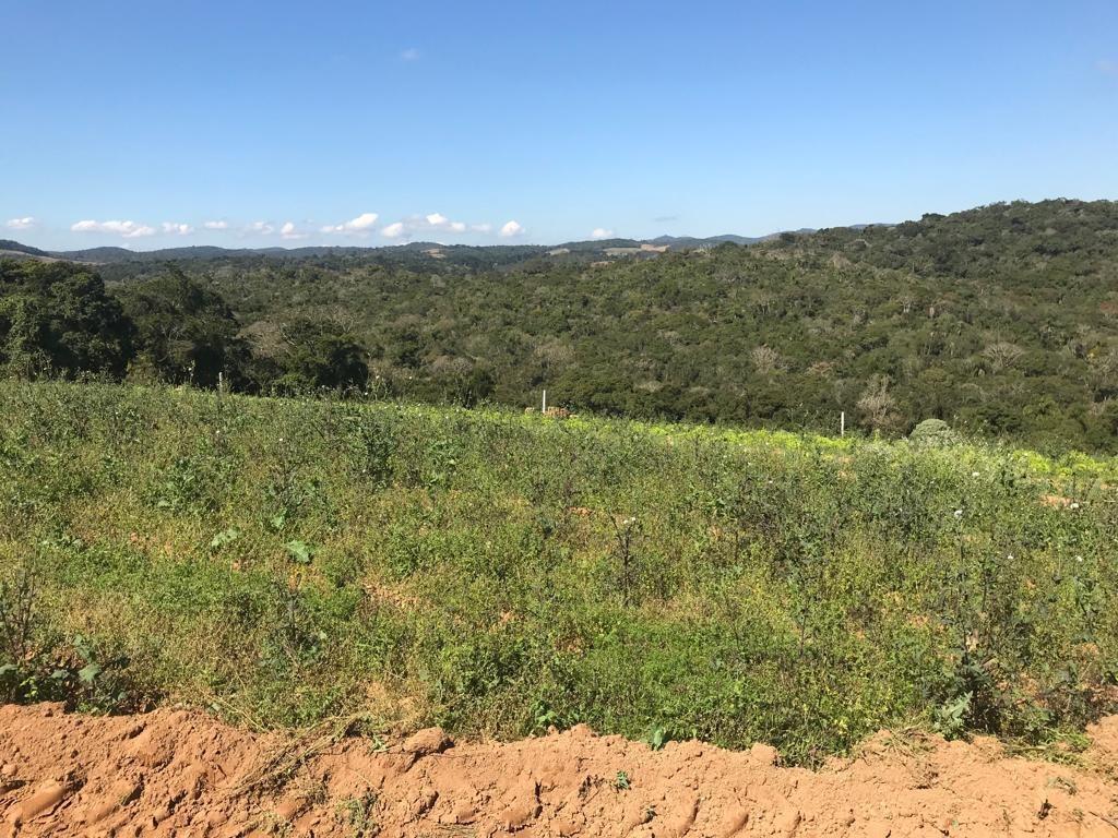 otimas terras proximo ao centro de ibiúna, 600m² livres jb