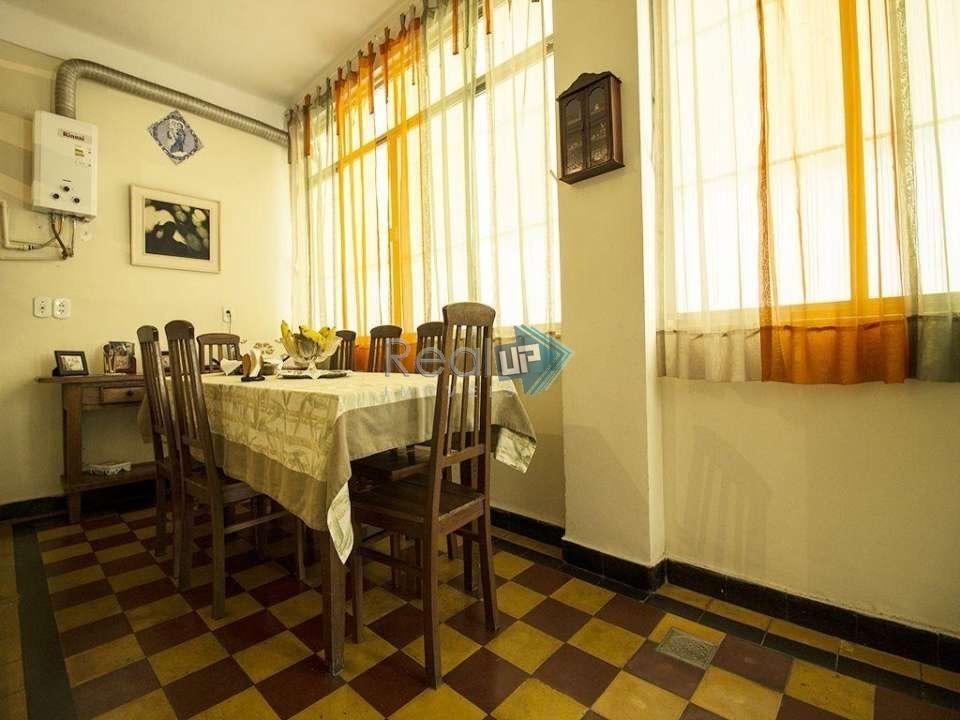 ótimo 2 quartos com vaga há poucos passos da praia de ipanema! - 18388