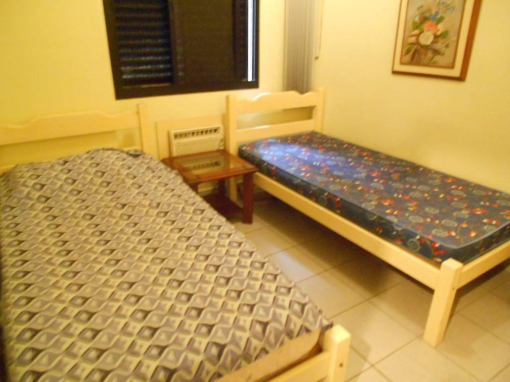 ótimo apartamento 2 dormitórios, 2 garagens e lazer - astúrias - guarujá - ap1034