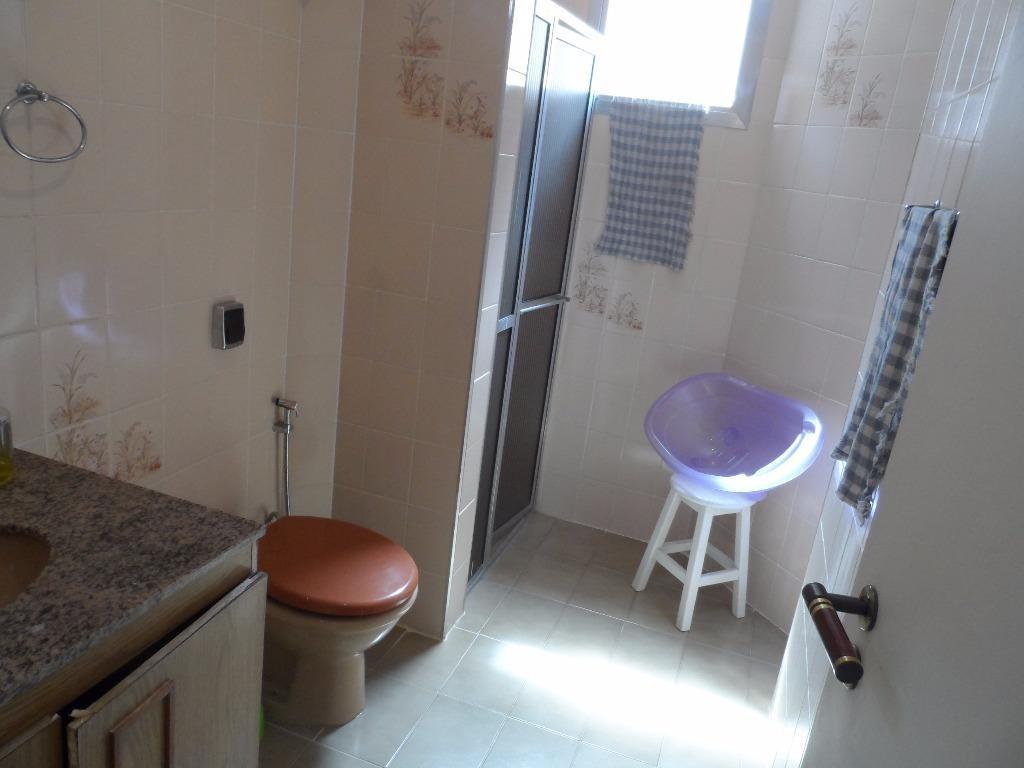 ótimo apartamento 2 dormitórios mais 3º reversível - astúrias - guarujá - ap0958