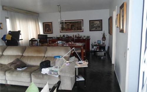 ótimo apartamento a venda no morumbi, excelente distribuição interna ,arejado e ensolarado, muito  bem localizado.
