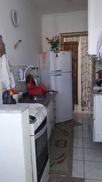 ótimo apartamento cdhu em itanhaém, bal. umuarama