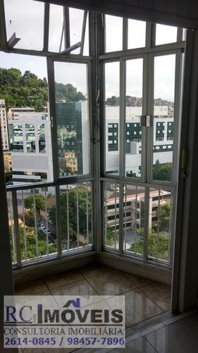 ótimo apartamento, com 1 quarto(1suíte), 2 vagas para carro!
