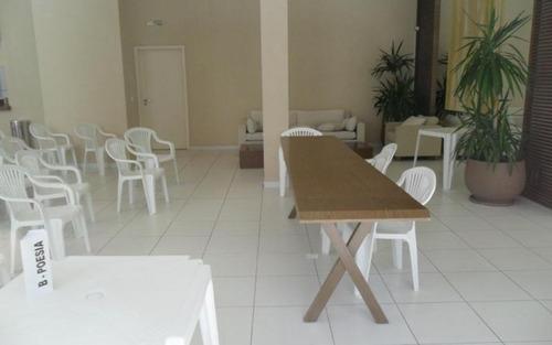 ótimo apartamento com  varanda gourmet, espaçoso,localização privilegiada no morumbi, sâo paulo. venha visitar!