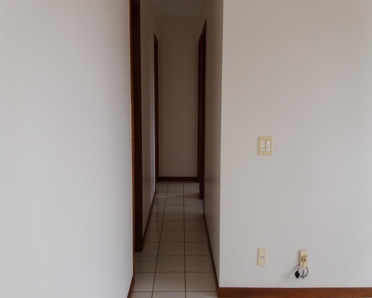 ótimo apartamento no bairro santa cruz, excelente localização, próximo ao coc, panificadoras, drogaria, mercado, parque raya e vários outros tipos de prestação de serviço  de: r$ 3 - ap02051 - 4358571