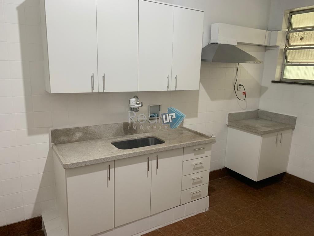 ótimo apartamento (tipo casa), de 3 quartos com vaga no leblon. - 4771