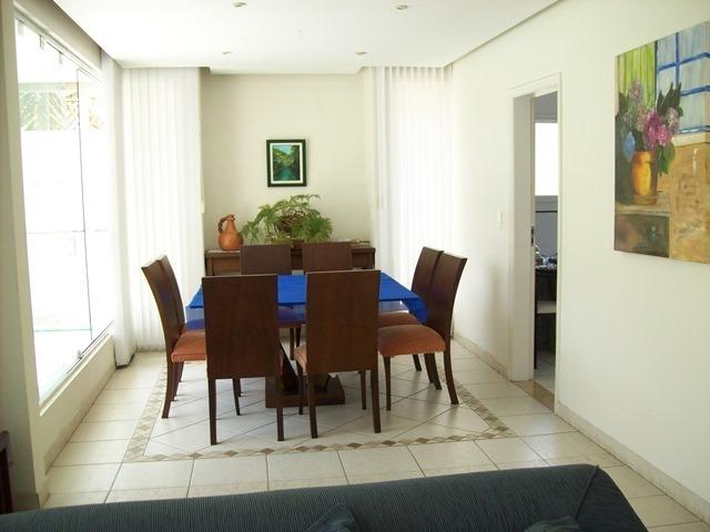 ótimo casa bem localizada de 4 suítes e sala. cod 64132