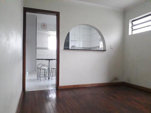 ótimo sobrado com 3 dormitórios, 2 vagas de garagem à venda