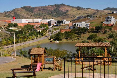 ótimo terreno c/ 420 m² condomínio vale das águas