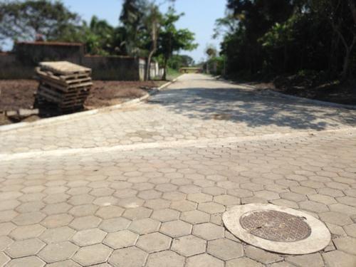 ótimo terreno em itanhaém, limpo e aterrado! confira!!!