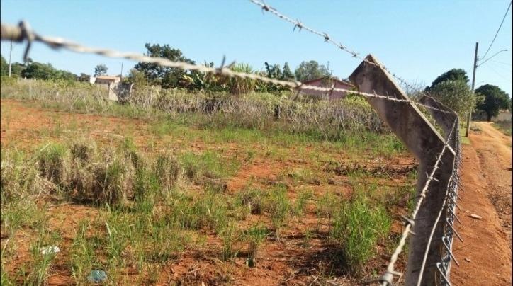 ótimo terreno plano de  1.000,00 m² em araçoiaba - 1687